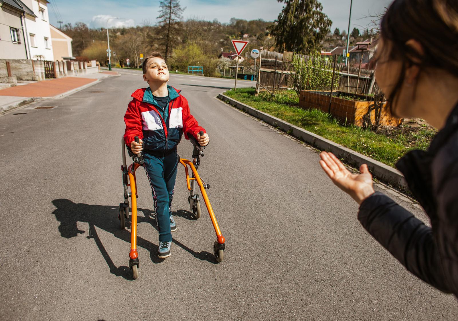Tommymu z Olomouce jsme přispěli na rehabilitace